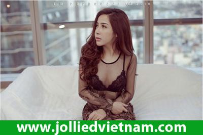 Linh Jollie - Hot Girl có gương mặt baby nhất Showbiz